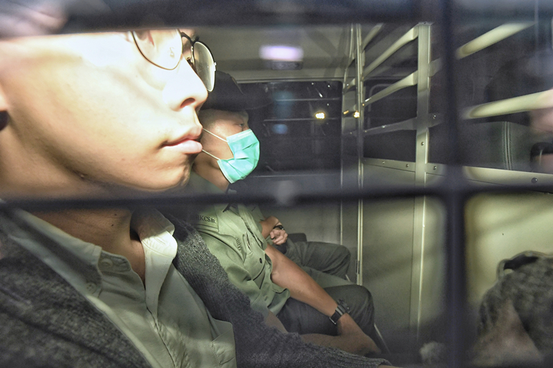 """""""港独""""组织头目黄之锋被捕,或涉3项罪名"""